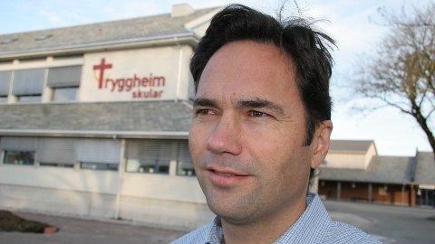 Rektor Gjermund Viste forteller at trenden med at flere søker på helse- og oppvekstfag fortsetter også i år. (Arkivfoto: Steinar Sandvik)
