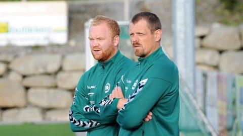 Varhaug-trener Bjørn Erik Taksdal (t.v.) sammen med assistenttrener Morten Thunshelle.