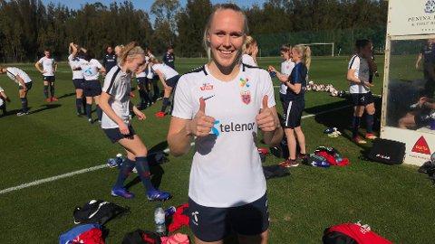 Maria Thorisdottir er på plass i Portugal, og er glad for endelig å være med på landslagssamling igjen.