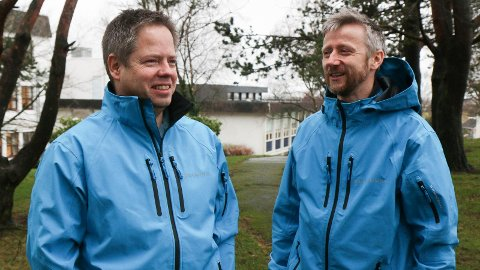 FRIVILLIGE: Børge Hognestad (t.v) og Christian Christensen i Ønsketransporten bruker mange timar på å stilla opp for andre.