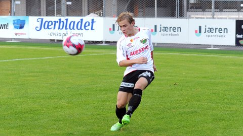 Tron Olav Bjerkreim Kleppa og lagkameratene går glipp av fredagens serieåpning i 4. divisjon.