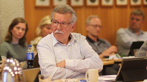UTE AV SØKJELYSET: Arne Madland (Frp) er gruppeleiar i Klepp Frp. At Klepp kommune starta gebyrsak mot ein så profilert politikar, har skapt merksemd. No er saka lagt vekk.