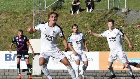 PÅ LÅN: Marius Sandvik (fremst) i sving for Nardo. Nå skal han spille i rødt ut året.