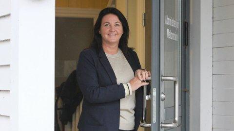 MÅ FØLGA MED: - I denne koronasituasjonen er det viktig at me er vakne og førebudde på alt, seier Heidi Barvik, rektor ved Bryne skule.