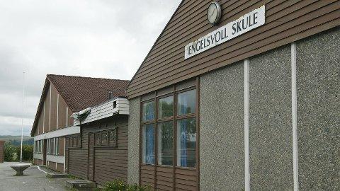 SKOLE: Fem personer søkte på stillingen som rektor ved Engelsvoll skole. Èn kandidat har i ettertid trukket seg.