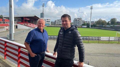 FORTSETTER: Både Lars Enevoldsen (til venstre) og styreleder Geir Pollestad fortsetter enn så lenge i klubben i sine respektive verv.