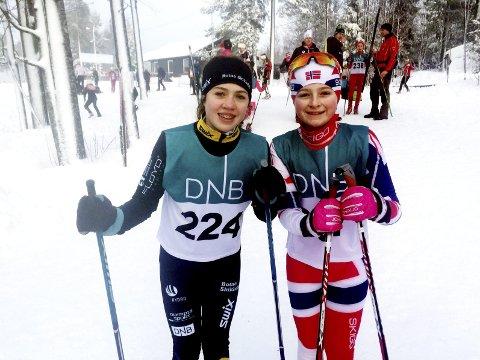 Skivenner: Hanna Kraglund Inderhaug og Mathilde Nygaard, begge fra Botne skiklubb.