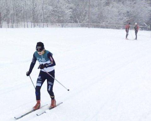 Full fart: Lars Håkonsen snart i mål.