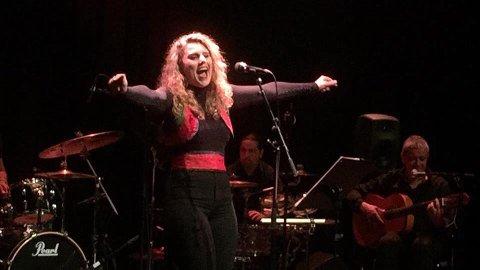 LANG FARTSTID: Hanne Tveter har allerede mye erfaring som sanger. FOTO: PRIVAT