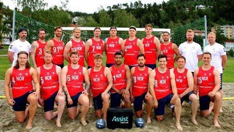 Sist ble det sølv: De norske beachgutta tok sølv i EM for to år siden. Nå venter et nytt mesterskap i sanden. Foto: NHF