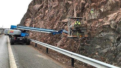 NORMAL FART IGJEN: Fjellsikringsarbeidet ved E18 i Tønsberg er nå ferdig.