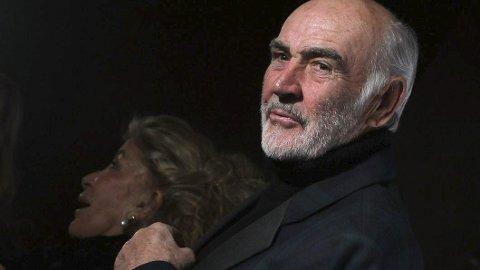 BOND ER DØD –  LENGE LEVE BOND: Sean Connery er for mange figuren James Bond. Nå er Connery død, men Bond-figuren lever videre. Foto: NTB