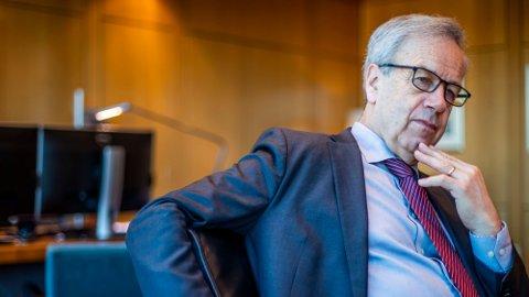 HVA GJØR DU, OLSEN? Norges Bank med sentralbanksjef Øystein Olsen i spissen kan trå til med renteøkning allerede neste høst. Foto: Håkon Mosvold Larsen (NTB)
