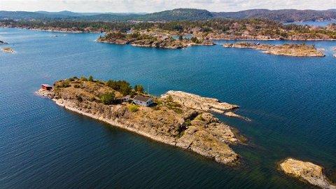 LYSKULA: Denne holmen var blant de dyreste eiendommene som ble solgt i Kragerø i fjor.