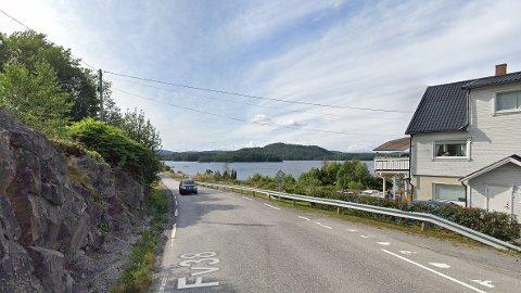 RÅKJØRING: Det er langs denne strekningen at hytteeierne mener det kjøres alt for fort. Bildet brukes som illustrasjon.