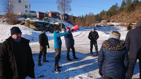 BEFARING: Hovedutvalg for plan og bygg var med Nye Veier på befaring sist mandag. Her i nærheten av Humlestad.