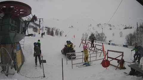Slik såg det ut då skitrekket i Fjellhaugen var ope søndag. Bildet er henta frå skisenteret si Facebook-side.