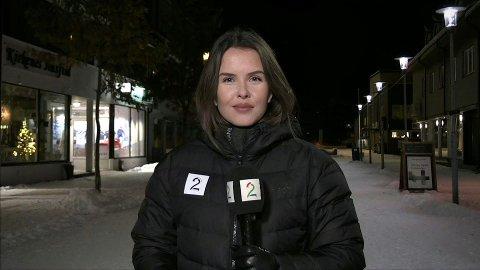 PÅ LUFTA: Her er Karen Anna Kleppe (24) framføre kamera på TV 2 Nyhetene, i samband med Frode Berg sin retur til Norge etter fengselsopphald i Russland. No blir ho tv-kanalen sin faste reporter i Tromsø. (Foto: Skjermdump frå TV 2).