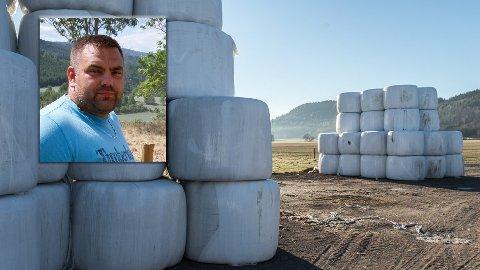 STJELES: Det er meldt om flere tilfeller av rundballe-tyverier, også i Sandsvær har bønder blitt utsatt for dette.