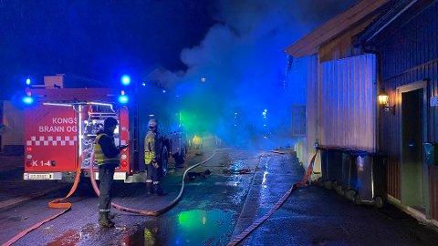 MYE RØYK: Det brant i et bolighus på Vestsiden mandag kveld.