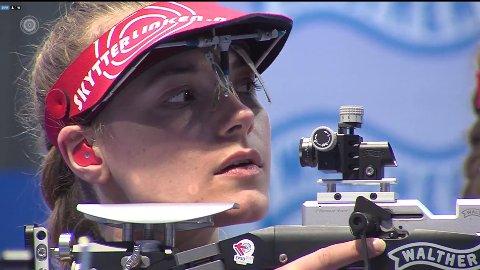 FINALEKLAR: Katrine Aannestad Lund kjemper om EM-medaljer i Kroatia i ettermiddag. FOTO: NORGES SKYTTERFORBUND