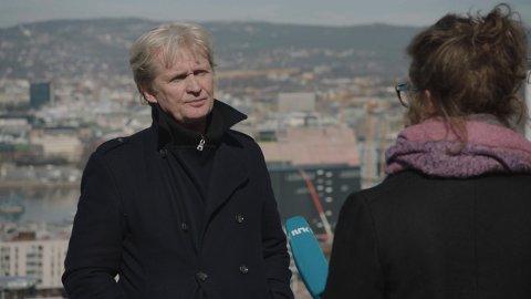 OM MANNSROLLEN: Johannes Joner i filmen HAN. Morsomt og tankevekkende om mannsroller i dagens Norge.