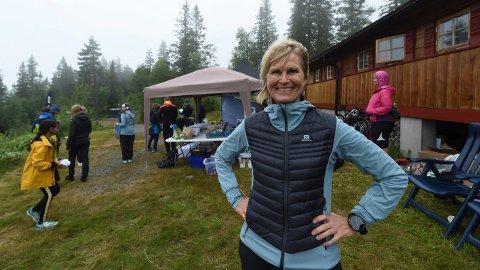 REKORDDELTAKELSE: Mona Kjeldsberg gleder seg over 370 deltakere i den sjuende utgaven av ultraløpet Blefjells Beste. FOTO: OLE JOHN HOSTVEDT