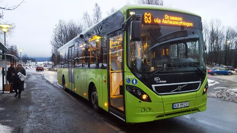 Nye busstider: På grunn av færre passasjerer kutter Brakar tilbudet for linje 169.