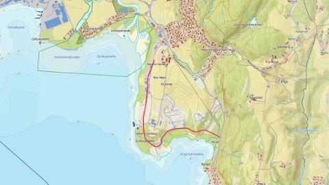 Rød linje = 100-metersbeltet langs sjøen. I tillegg skal automatisk fredede kulturminner på søndre Gullaug sikres med en sikringssone på minst fem meter. Ill.: Naturvernforbundet i Lier.