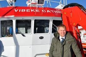 Martin Solhaug er klar for å ta med Fatstone tv med ut på fiske.
