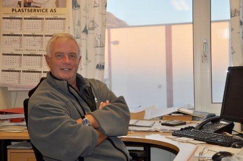 VANSKELIG: Daglig leder Aage Eriksen ved Hopen Fisk AS legger ikke skjul på at årets sildesesong har vært tøff for næringen. Foto: Kai Nikolaisen