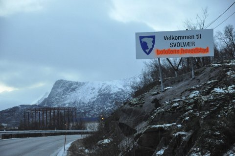 VElkommen: Det ser ikke ut som alle er enig i at Svolvær er Lofotens hovedstad. Foto: Bjørnar Larsen