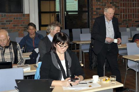 Lofot-muligheter: Regionveisjef Torbjørn Naimak utfordrer Lofoten til å tenke på utbedringer av E 10 fram til mars. – Det ligger godt til rette i Lofoten for å bli en felles bo og arbeidsregion, sa han.
