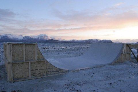 Skateramp: Denne skaterampen som består kun av sand og vann skal brukes i filmen.