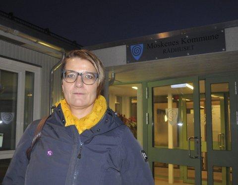 Moskenes Aps ordførerkandidat, Laila Jusnes Kristiansen, håper tilliten til lokalpolitikerne er større enn undersøkelsen til InFact viser for Moskenes og Flakstad. – Å skape en enda bedre kommune er en dugnad alle må delta i, ikke bare politikerne, mener hun.