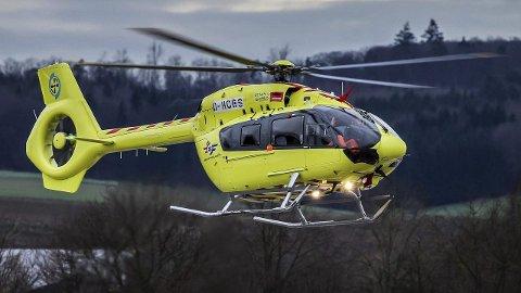 Tåke: Helikopteret fikk vansker med å lande både på Melbu og i Tromsø på grunn av tjukk tåke søndag morgen. Arkivfoto