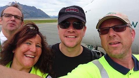 Selfie: Matt Damon sammen med Terje Sundklakk (t.v.), Heidi Sletten Reiertsen og Dag Scherffenberg.