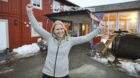 Åpning: Hotelldirektør Gunhild Elisabeth Laundal ved Scandic Svolvær jubler for et «nytt» hotell fra 7. februar i år, når oppussingen i hovedsak er sluttført. Foto: Knut Johansen