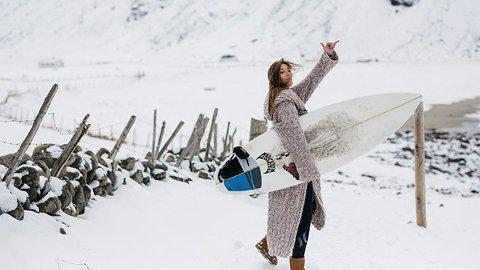 Dorthe Skappel har skapt en kolleksjon inspirert av surf, Lofoten - og folk som følger drømmene sine.