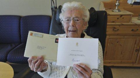 101 år: Petra Tenggren har også tidligere fått oppmerksomhet. Da hun fylte 100 år 22. april 2016, kom det brev fra Hans Majestet Kong Harald V.