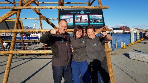 Frank Hagen, Elisabeth Fanum og Maria Terese Karlsen er klare for Lofoten Ultra-Trail fredag.