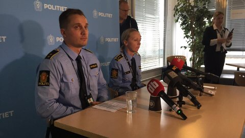 MER INFORMASJON: Politiets John Eivind Melbye og påtaleansvarlig Mari Lauritzen Hasle informerte om Kapp-saken mandag.