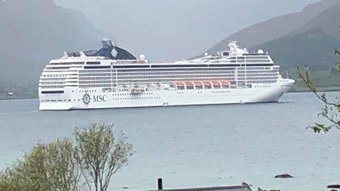 VERDISKAPING: Anløpet til cruiseskipet MS «Orchestra» generer en omsetning på 2,3 millioner kroner, ifølge Cruisenettverk Lofoten. FOTO: Kai Nikolaisen
