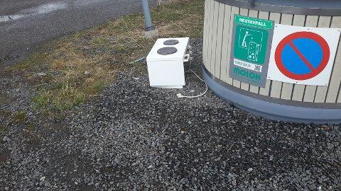 Hybelkomfyr: På Kleppstad står det støtt og stadig etterlatt elektroisk utstyr som kan leveres gratis på LAS, Elkjøp og Power.