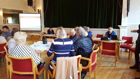 Engasjerte nord-borgfjerdinger i folkemøte på Haukland ungdomshus