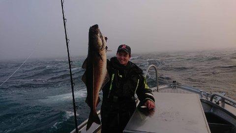 Oscar Gurney (23) har drømmer om jobb på fiskebruk, men har fått avslag på 17 søkneder, selv om bransjen fortviler over mangel på arbeidskraft på grunn av stengte grenser.