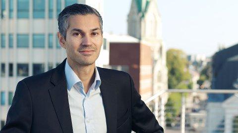 TINGLYSING: Advokat Ronny Christian Håkonsen viser til en sak fra Lyngdal han nylig førte i Lister tingrett, og advarer mot å hoppe over tinglysing av minnelige avtaler naboer imellom.