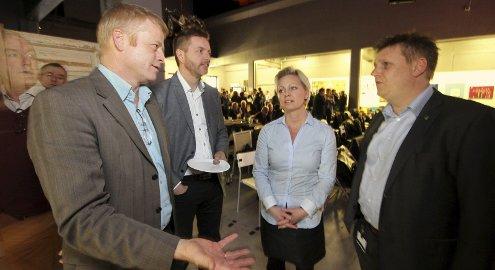 ANSVAR: Uenighet om et lokalt prestisjeprosjekt i Råde kan forrykke deler av utviklingen i bygda, det er politikerne Johan E. Grimstad, Jarle tranøy, Frederikke Stensrød og René Rafshol enige i.