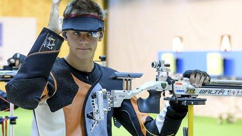 Suveren: Krapfoss-gutten Henrik Larsen har en spennende framtid i møte. Fortsetter han på samme måte, er det på ingen måte umulig at han deltar i OL i 2020. Foto: Privat