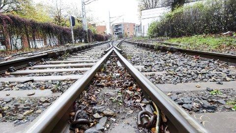 Jernbaneutbyggingen skaper debatt.